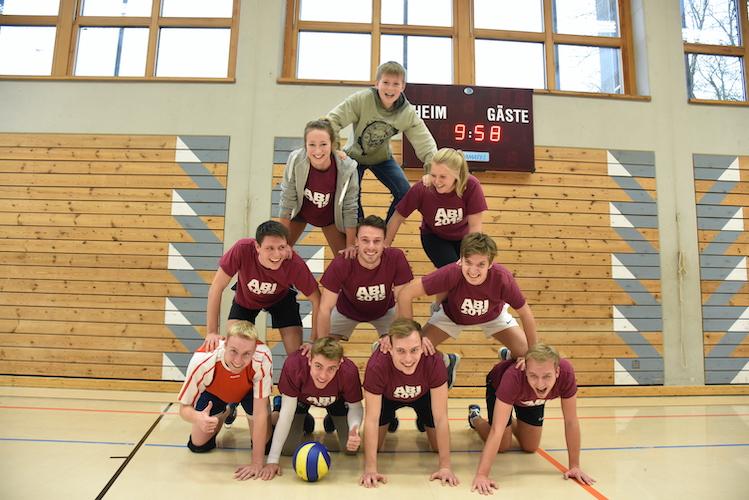 Volleyballweihnachtsturnier mit den Ehemaligen